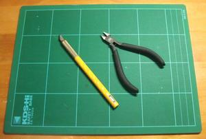 工具 タミヤ-薄刃ニッパーとオルファ-アートナイフ 全景